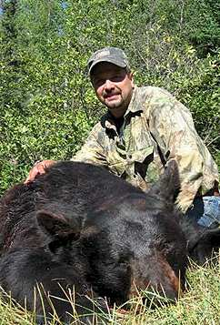 Ontario black bear hunting with Woods Bowhunting